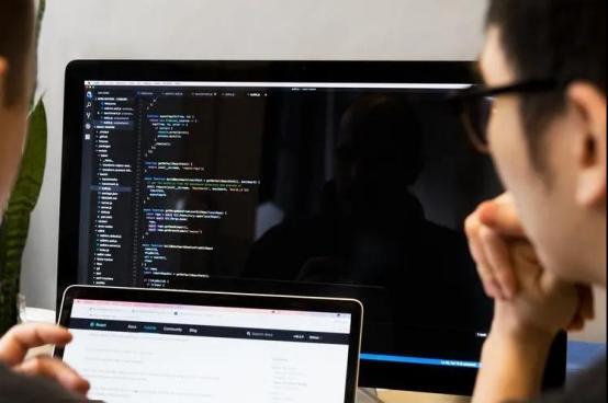太原学习Java需要懂英语,数学能力强吗?
