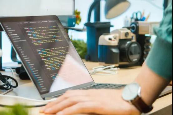 """互联网急缺人才,Python工程师成""""珍惜动物""""!"""